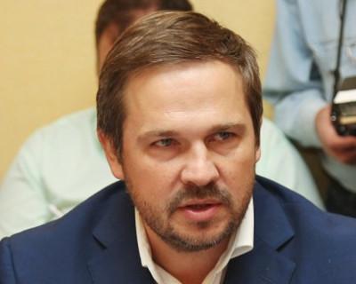 Известный политолог Игорь Рябов обвинил «общественника» Талипова в том, что он «кошмарит клиента»