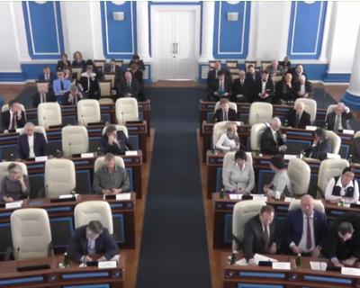 Депутат ЗакСа Екатерине Алтабаевой: «Вы узурпируете власть!»