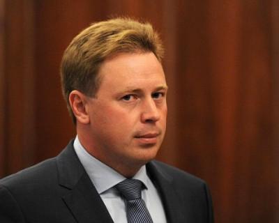 Депутат ЗакСобрания решил судиться с губернатором Севастополя?