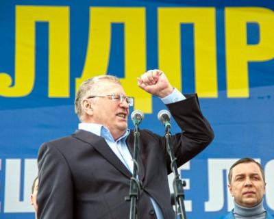 ЛДПР ответила Пескову на заявление о соперниках Путина