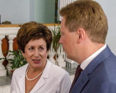 Губернатор Севастополя не знает, чем занимается спикер Заксобрания