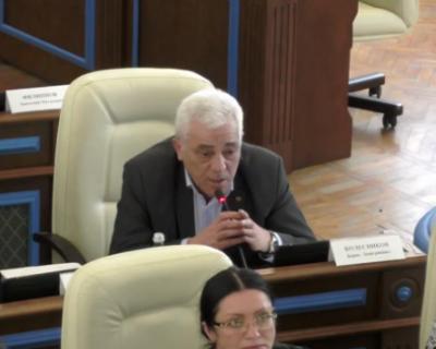 Секретарь СРО «Единая Россия» выразил личное недоверие заместителю председателя ЗакСобрания