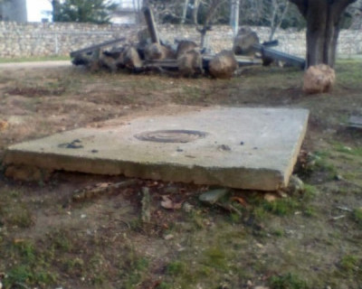 Боль Севастополя: в городе вскрываются каменные нарывы неухоженных дворов (ФОТО)