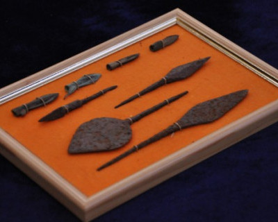 В Севастополе ФСБ передала музею-заповеднику редкие археологические предметы