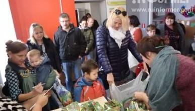 Благотворительность 2017 года! «Севастопольские мамы» вручили малышам сладкие подарки (ВИДЕО)
