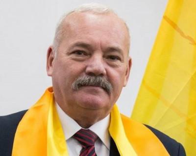Севастопольский справедливоросс поздравил с Новым годом и признался в любви