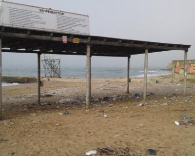 Севастопольцы предлагают привлечь бомжей к уборке мусора (ФОТО)