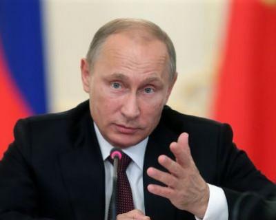 Севастопольцы начали сбор подписей в поддержку Владимира Путина (ВИДЕО)