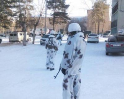 Девятиклассники с топорами атаковали школу в Бурятии: пострадали дети