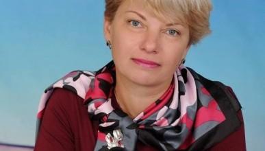 Директор севастопольской гимназии №7: «Ребёнок с топором в руке не идёт в школу с улыбкой»
