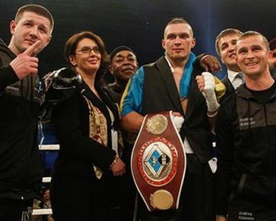 Как крымский боксёр Александр Усик отправил в нокаут соперника (видео)