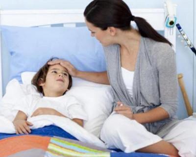 Родитель и ребёнок в больнице