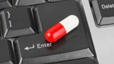 В России решили повременить с продажей лекарств в режиме онлайн