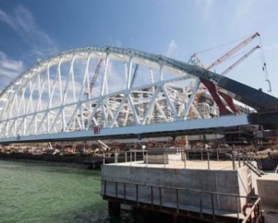 Минтранс: Крымский мост начнут открывать уже с мая