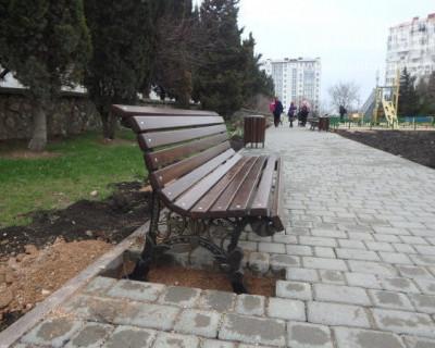 И так сойдёт: чудо-скамейки в Севастополе