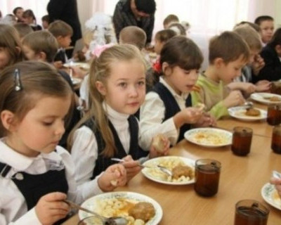 Проблемы в школьных столовых Севастополя