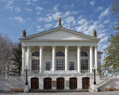 Театр Луначарского на грани закрытия