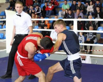 Севастполец Максим Коптяков победил на всероссийском турнире по боксу