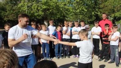 Урок самообороны для севастопольских детей
