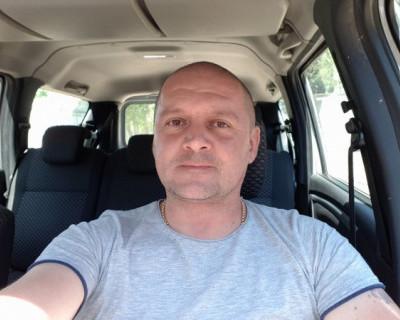 Михаил Ничик: «Готовы обвинить в плохих танцевальных па всех, но только не свои причиндалы»