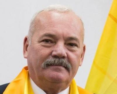 Евгений Дубовик: «Много нужных законов не приняты ещё Заксобранием»