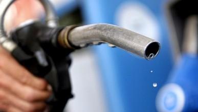 За сутки в Крыму взлетела цена на бензин