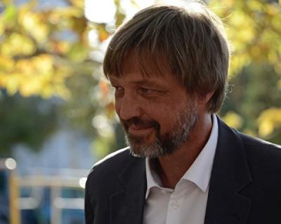 Поздравляем севастопольцев с увольнением Николаева