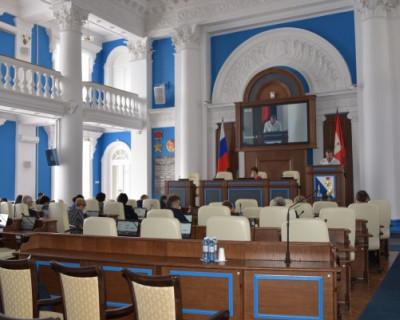 Безалаберность депутатов оставила севастопольцев без общения с президентом
