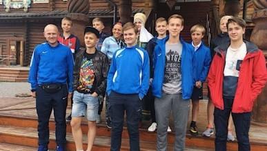 Юные севастопольские футболисты прилетели в Москву