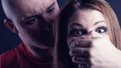 Ему нравится делать зло! 31 -летний севастополец  избил и изнасиловал свою знакомую