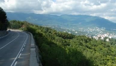 Стали известны самые грязные дороги Крыма