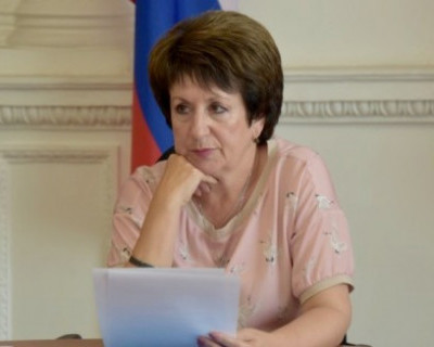 Алтабаева допускает появление в Севастополе украинского флага
