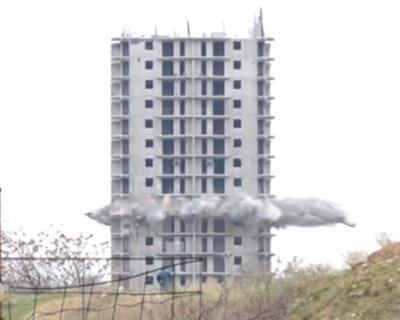 Первый ВЗРЫВ 16-ти этажки в Севастополе (видео взрыва)