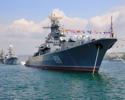 Севастополь стал самым популярным для туристов городом России на День ВМФ