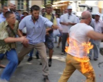 В Крыму активист облился горючей смесью и поджёг себя в знак протеста