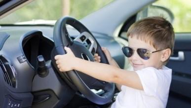 «Что вы переживаете? Это же не ваши дети в жару закрыты в машине»