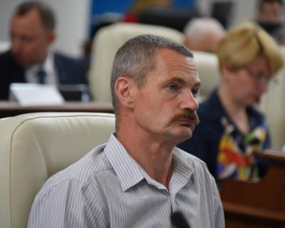Горелов оценил достоинство в 10 тысяч рублей?