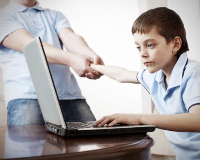 Несколько правил от полиции, чтобы спасти ребёнка от интернета