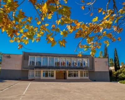 Чем может похвастаться севастопольская гимназия № 7? (ВИДЕО)
