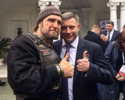 Хирург простился с Захарченко