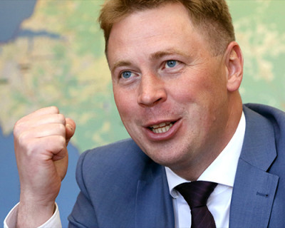После «волшебного пенделя» губернатора Севастополя чиновники оживились