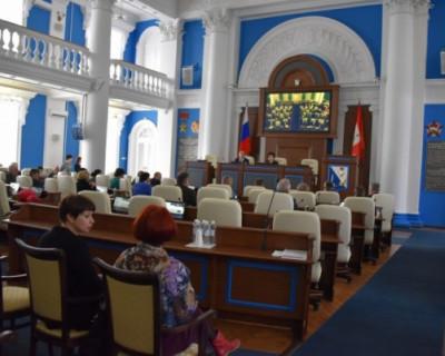 Заксобрание vs правительство Севастополя