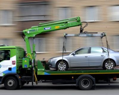 Машины, попавшие на штрафплощадку, больше не интересуют владельцев