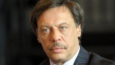 Заслуженного юриста РФ Михаила Барщевского обвинили в жестоком изнасиловании