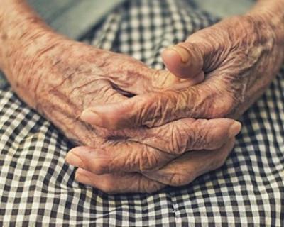 Пожилые люди Севастополя смогут попасть в приёмные семьи