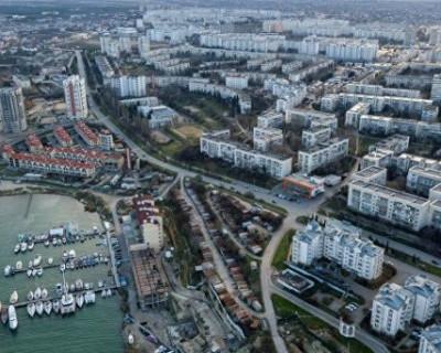 «Парадоксальный Севастополь»: цены на жилье высокие, а зарплаты - низкие