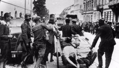 Как украинские националисты из ОУН Бандеры убивали еврейское население на Украине в 1941 году (ФОТО 18+)