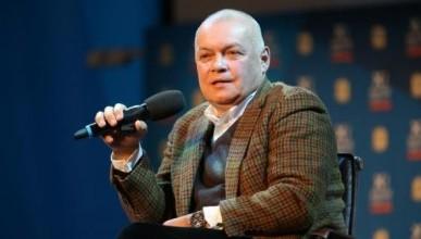 Скандальный крымчанин подал в суд на телеведущего Дмитрия Киселёва