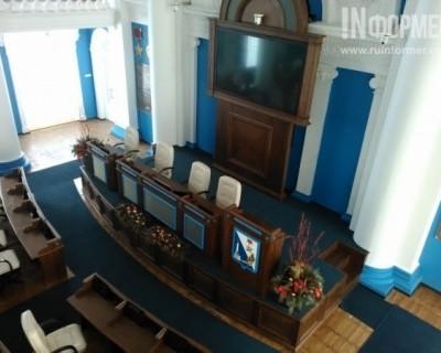 Правительство Севастополя работает в скромных помещениях, а Заксобрание шикует в зале за 72 млн рублей