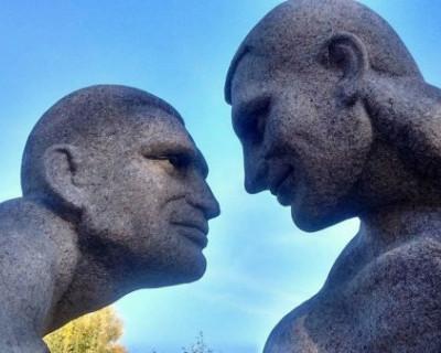 На Украине установили «эротический» памятник Кличко